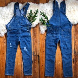 Denim 💕 Overalls Jeans Medium
